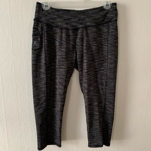 Danskin Athletic Capri Leggings